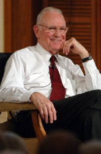 Lee Hamilton 5 DD 2006.jpg